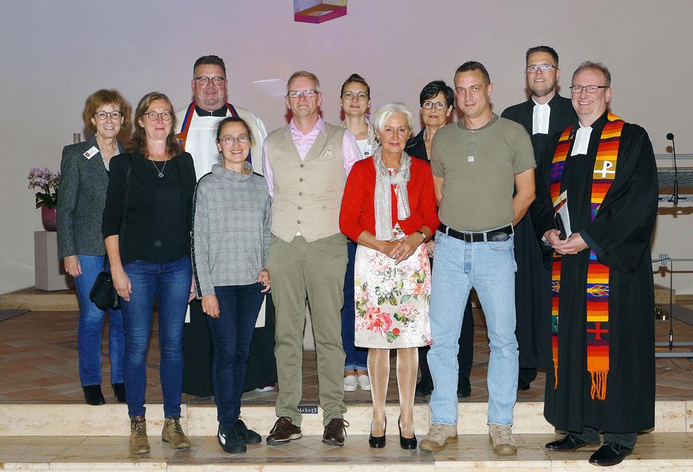In einem Gottesdienst in der die katholischen Patroklikirche in Dortmund-Kirchhörde feierte die Ökumenische Notfallseelsorge in Dortmund ihr 25-jähriges Bestehen. Foto: Stephan Schütze / UK